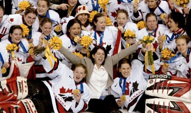 Team_Canada_2002_SaltLakeCity_Women